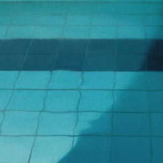 Schwimmbad 5, 2003, 45 x 70 cm